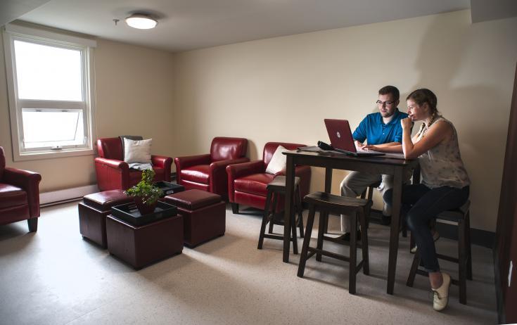 值得体验的海景宿舍 只对研究生开放